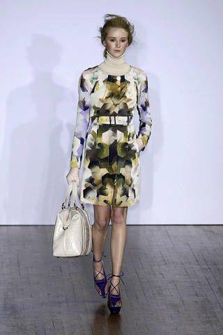 Clothing, Sleeve, Shoulder, Style, Dress, Fashion model, Fashion, One-piece garment, Pattern, Fashion show,