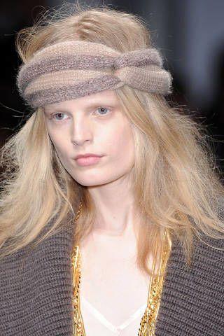 Nose, Lip, Hairstyle, Eyebrow, Hair accessory, Style, Headpiece, Headgear, Street fashion, Long hair,