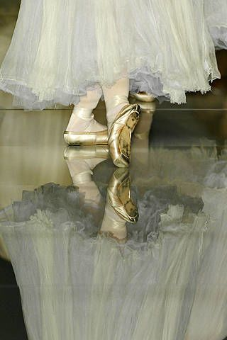 Textile, Fashion, Wedding dress, Gown, Embellishment, Bridal accessory, Costume design, Costume, High heels, Satin,