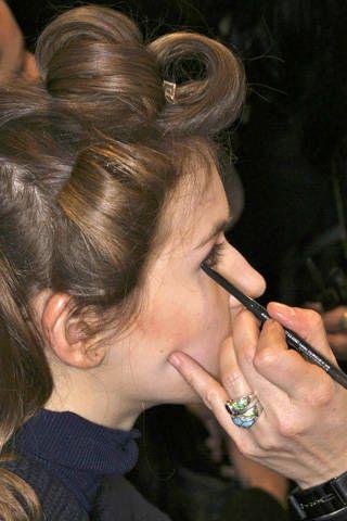 Finger, Hairstyle, Eyebrow, Style, Wrist, Nail, Jewellery, Fashion, Art, Eyelash,
