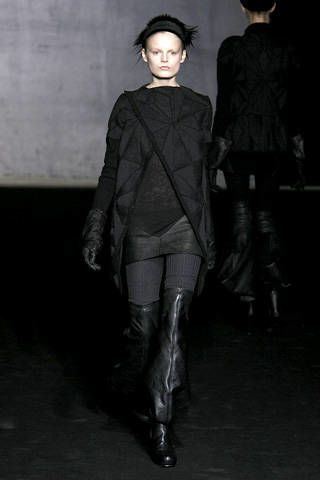 Clothing, Human, Human body, Hat, Textile, Outerwear, Style, Fashion model, Fashion show, Fashion,