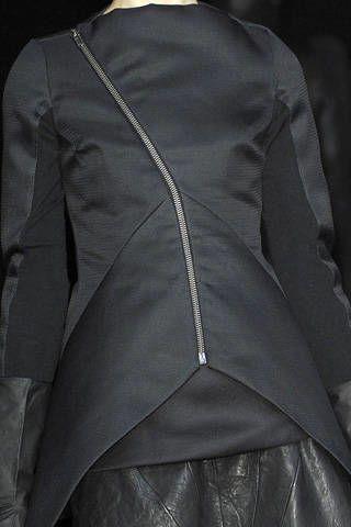 Clothing, Sleeve, Collar, Textile, Formal wear, Style, Coat, Blazer, Fashion, Black,