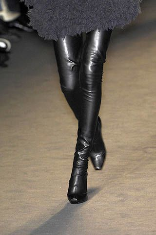 Textile, Joint, Boot, Leather, Fashion, Black, Knee-high boot, Tights, Latex, Leggings,