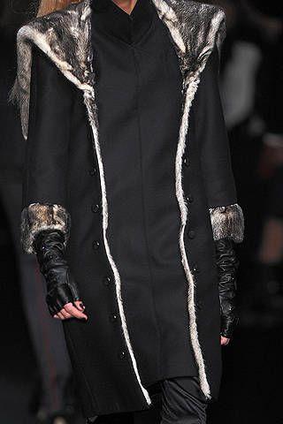 Clothing, Sleeve, Collar, Textile, Outerwear, Style, Jacket, Fashion, Black, Fashion model,