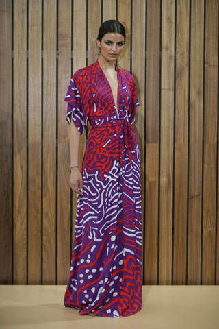 Clothing, Sleeve, Style, Pattern, Fashion, Dress, Street fashion, One-piece garment, Hardwood, Wood stain,