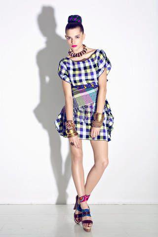 Clothing, Sleeve, Human leg, Shoulder, Textile, Joint, Pattern, Style, Street fashion, Knee,