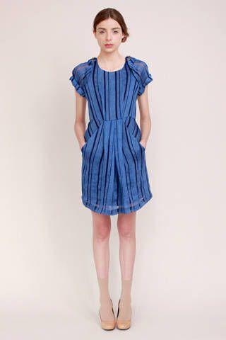 Leg, Product, Dress, Sleeve, Human leg, Shoulder, Standing, Photograph, Joint, One-piece garment,