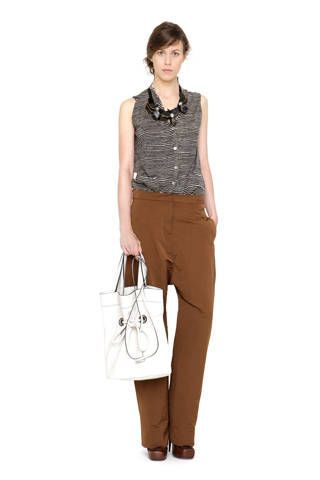 Product, Brown, Sleeve, Shoulder, Textile, Joint, Bag, White, Standing, Khaki,