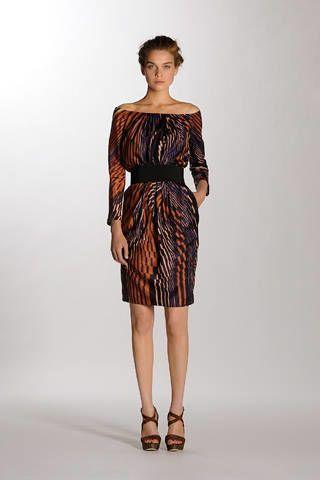 Clothing, Leg, Dress, Sleeve, Human leg, Shoulder, Joint, One-piece garment, Waist, Formal wear,