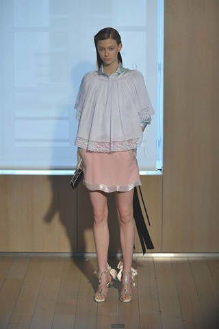 Clothing, Product, Sleeve, Shoulder, Joint, Standing, Style, Fashion accessory, Collar, High heels,