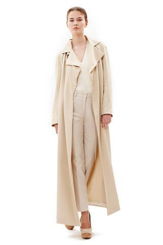 Clothing, Sleeve, Shoulder, Coat, Textile, Standing, Collar, Style, Overcoat, Fashion,