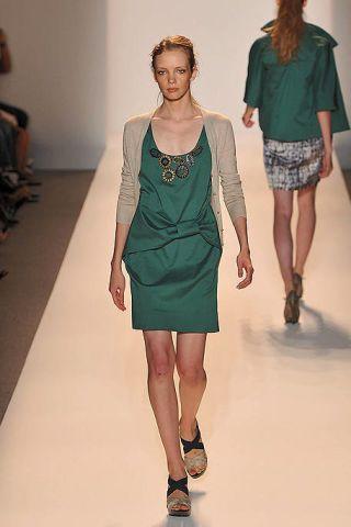 Clothing, Footwear, Leg, Human body, Human leg, Shoulder, Fashion show, Textile, Joint, Standing,