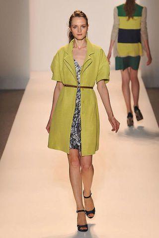 Clothing, Leg, Sleeve, Human leg, Dress, Shoulder, Fashion show, Joint, One-piece garment, Pattern,