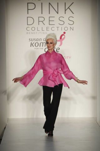 Designed by Jackie Rogers; modeled by Carmen Dell'Orefice