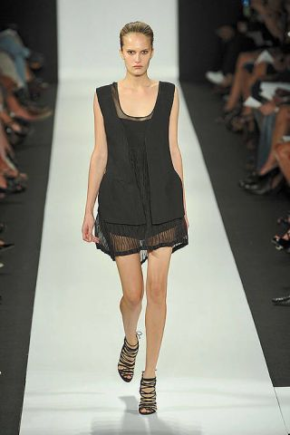 Clothing, Fashion show, Leg, Event, Human leg, Shoulder, Runway, Joint, Fashion model, Style,