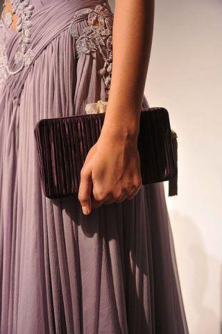 Sleeve, Textile, Formal wear, Dress, Pattern, Fashion, One-piece garment, Black, Day dress, Waist,
