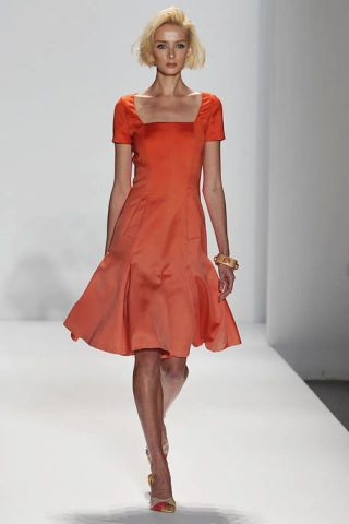 Hairstyle, Dress, Shoulder, Human leg, Joint, Red, One-piece garment, Fashion model, Style, Formal wear,