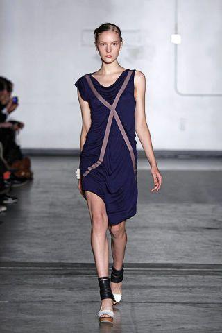 Dress, Shoulder, Human leg, Joint, White, One-piece garment, Fashion show, Style, Formal wear, Fashion model,
