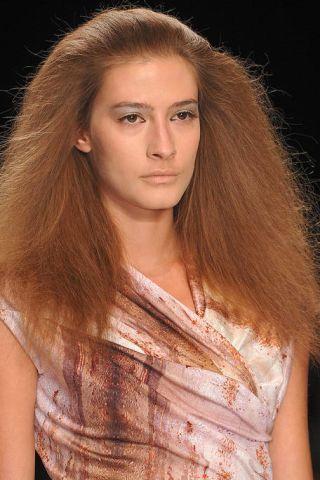 Hair, Lip, Brown, Eye, Hairstyle, Skin, Chin, Forehead, Shoulder, Eyebrow,