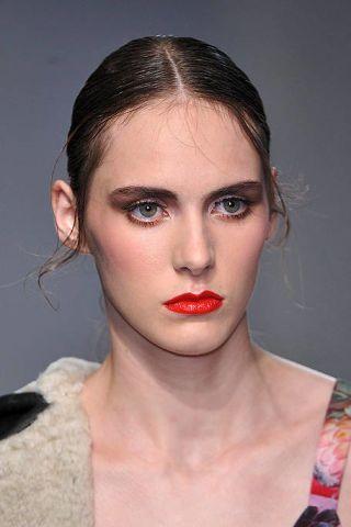 Lip, Hairstyle, Skin, Chin, Forehead, Eyebrow, Eyelash, Style, Jaw, Beauty,
