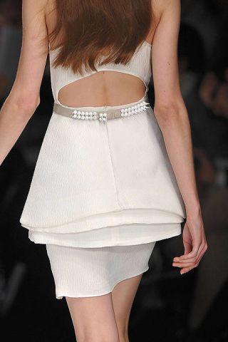 Shoulder, Human leg, Joint, Style, Waist, Thigh, Fashion, Black, Back, Beige,