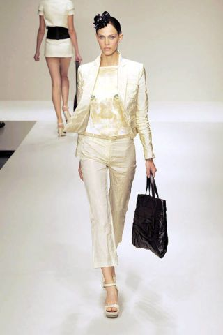 Clothing, Leg, Brown, Sleeve, Shoulder, Textile, Fashion show, Joint, Outerwear, White,