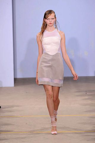 Clothing, Leg, Sleeve, Skin, Human leg, Dress, Shoulder, Joint, Fashion show, One-piece garment,