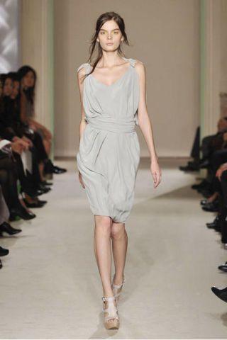 Footwear, Leg, Fashion show, Shoulder, Runway, Joint, Human leg, Dress, Fashion model, Style,