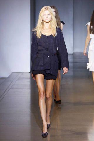 Clothing, Footwear, Leg, Human body, Human leg, Fashion show, Shoulder, Joint, Dress, Fashion model,