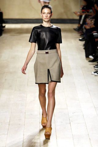 Clothing, Leg, Brown, Sleeve, Human leg, Shoulder, Fashion show, Joint, Style, Fashion model,