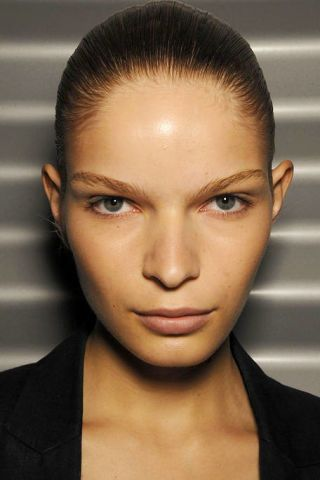 Head, Ear, Mouth, Lip, Cheek, Brown, Hairstyle, Skin, Chin, Forehead,