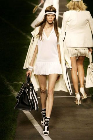 Clothing, Leg, Brown, Sleeve, Human leg, Photograph, Outerwear, White, Fashion accessory, Bag,