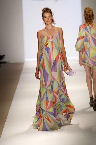 Clothing, Fashion show, Dress, Shoulder, Fashion model, One-piece garment, Runway, Style, Formal wear, Fashion,