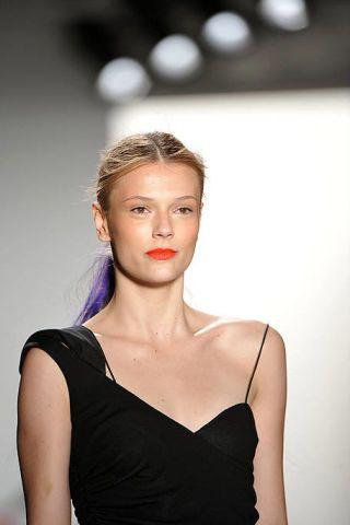 Hairstyle, Shoulder, Dress, Eyelash, Fashion, Neck, Beauty, Youth, Day dress, Jewellery,
