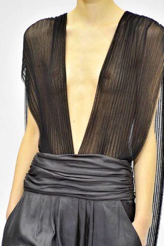 Yellow, Shoulder, Textile, Joint, Style, Fashion, Neck, Black, Grey, Fashion model,