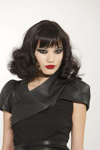 Clothing, Lip, Hairstyle, Sleeve, Shoulder, Joint, Style, Bangs, Black hair, Dress,