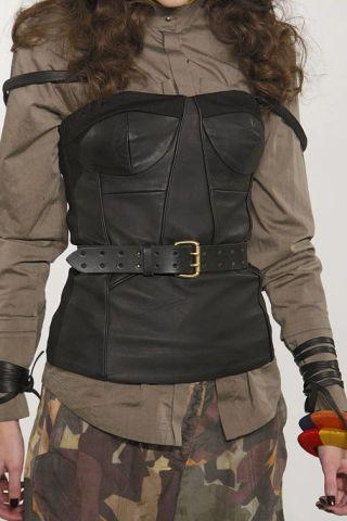 Brown, Sleeve, Shoulder, Textile, Joint, Waist, Fashion, Uniform, Khaki, Costume,