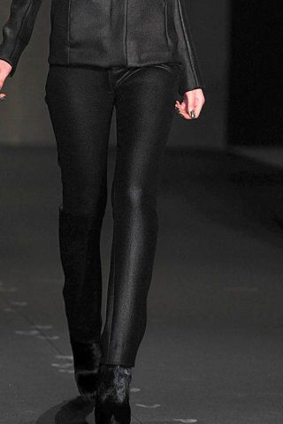 Clothing, Leg, Human leg, Textile, Joint, Leather, Fashion, Black, Thigh, Knee,