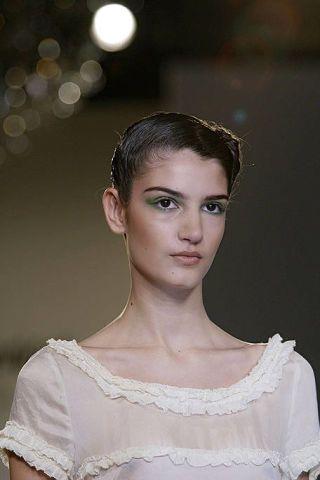 Ear, Lip, Hairstyle, Eyebrow, Photograph, Eyelash, Style, Beauty, Fashion, Neck,