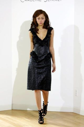 Clothing, Dress, Sleeve, Shoulder, Joint, Style, Formal wear, One-piece garment, Fashion model, Knee,