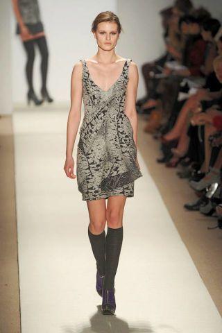 Clothing, Leg, Fashion show, Human body, Shoulder, Human leg, Joint, Runway, Fashion model, Style,