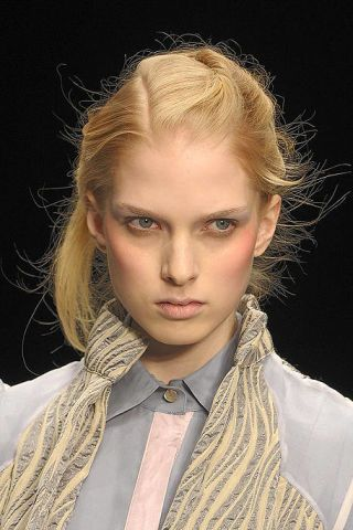 Hair, Ear, Lip, Mouth, Hairstyle, Collar, Chin, Forehead, Eyebrow, Eyelash,