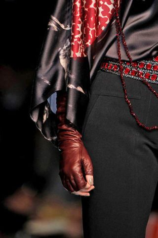 Textile, Red, Jewellery, Fashion, Carmine, Costume accessory, Leather, Body jewelry, Maroon, Latex,