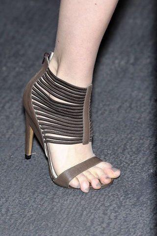 Leg, Human leg, Joint, Toe, Sandal, Foot, Fashion, Black, High heels, Grey,