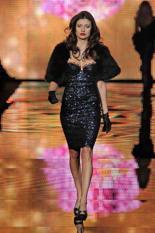 Clothing, Dress, Shoulder, Fashion model, Formal wear, One-piece garment, Fashion, Day dress, Little black dress, Waist,