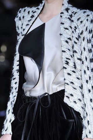 Clothing, Collar, Textile, White, Pattern, Style, Fashion, Black, Blazer, Street fashion,
