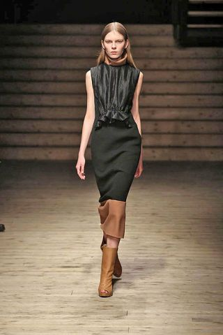 Clothing, Brown, Shoulder, Dress, Joint, Style, Fashion model, Street fashion, Knee, Fashion show,