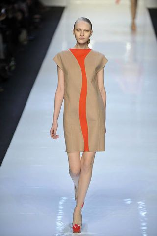 Fashion show, Shoulder, Runway, Joint, Red, Dress, Style, Fashion model, One-piece garment, Fashion,