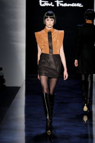 Clothing, Leg, Outerwear, Fashion show, Style, Fashion model, Knee, Runway, Boot, Knee-high boot,