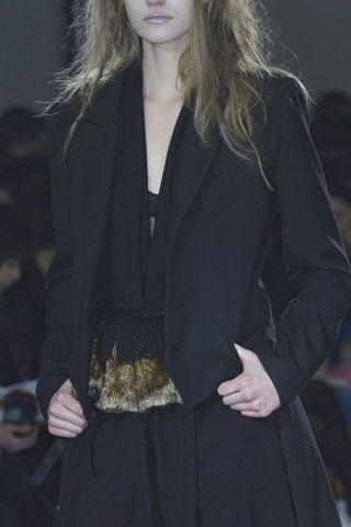 Clothing, Sleeve, Human body, Collar, Outerwear, Formal wear, Style, Blazer, Street fashion, Fashion,